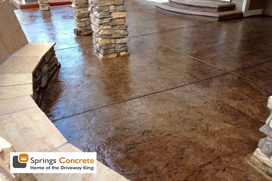 Cheyenne slate stamped concrete patio